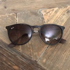Classic Erika RayBan Sunglasses